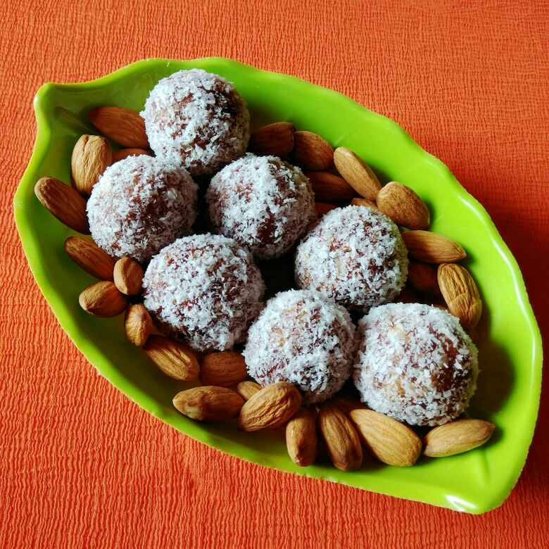 Photo of Dates and nuts laddu by Neelima Rani at BetterButter