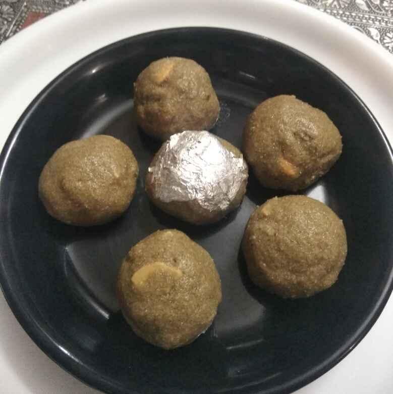 How to make Bajre ke aate ke laddu