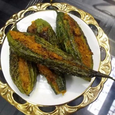 How to make Bharwa karele