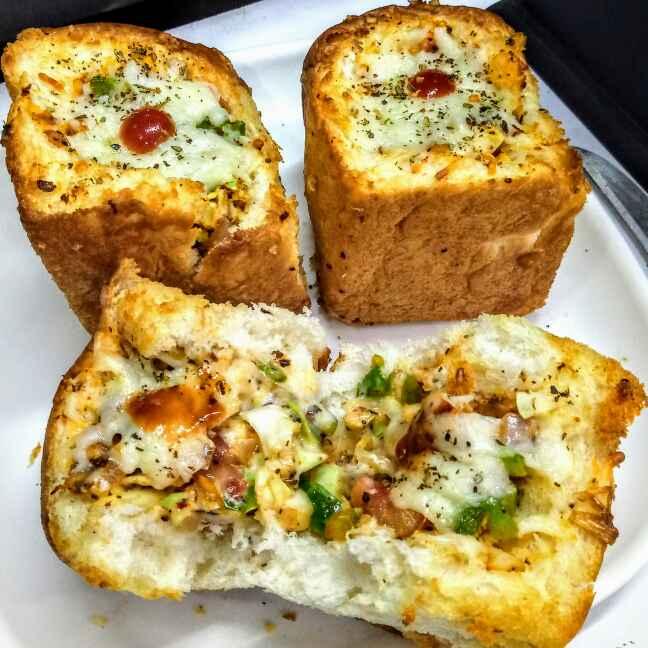 How to make Cheesey stuffed garlic buns