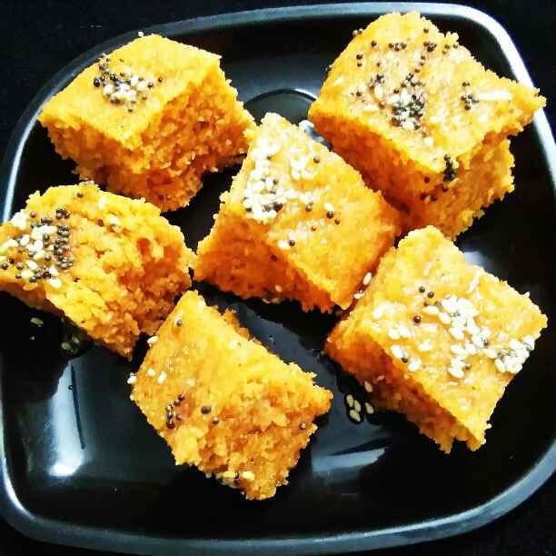 How to make Tomato Masala Oats Dhokla