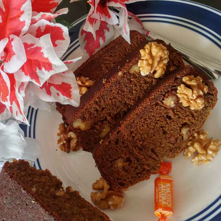 How to make अखरोट और केले का केक