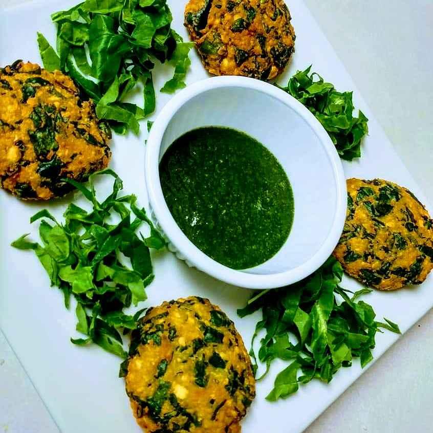 Photo of Chana dal and spinach vada by Neetu Gupta at BetterButter
