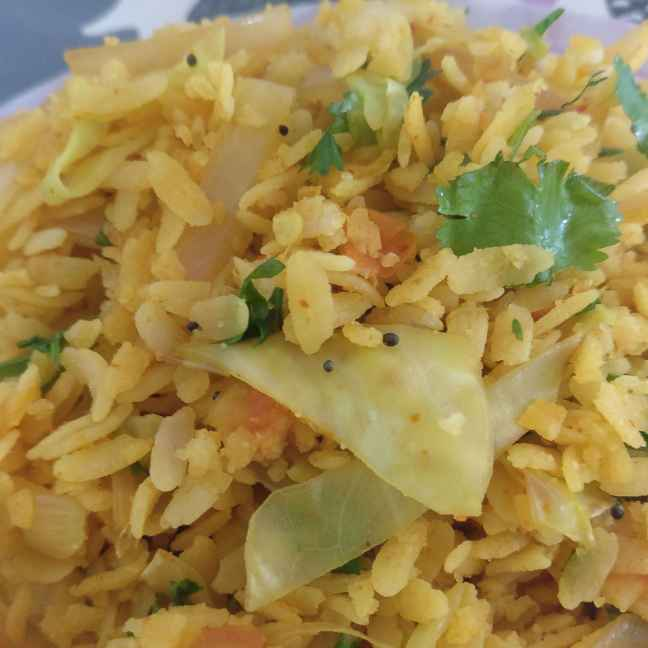 How to make Poha with lots of veggies