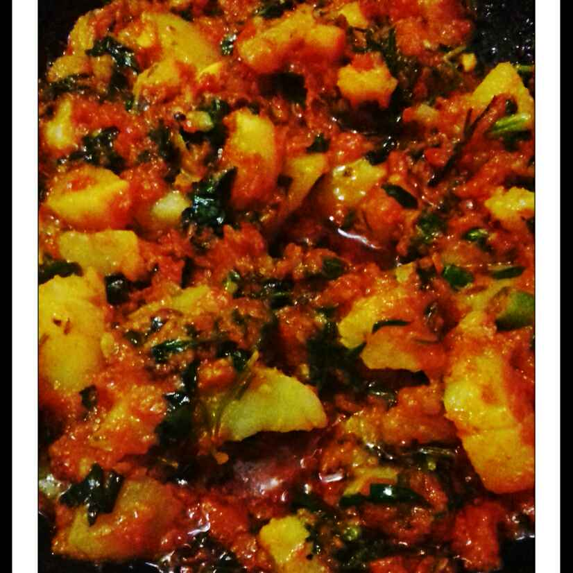 How to make Aloo Methi Curry (potato curry in fenugreek leaves)