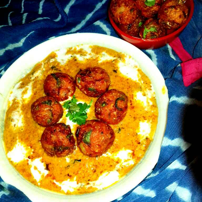 How to make Milijuli kofta curry