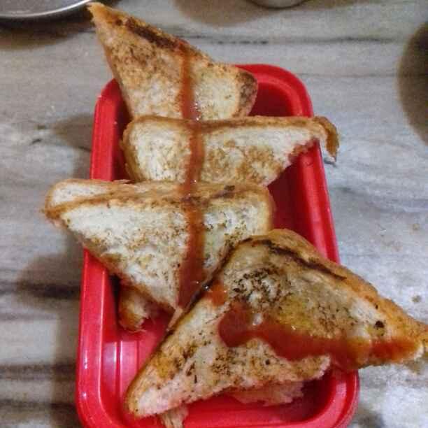 Photo of Aalu pyaaj sandwich by Neha Mangalani at BetterButter