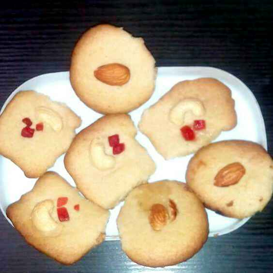 Photo of Butter cookies by Neha Mangalani at BetterButter