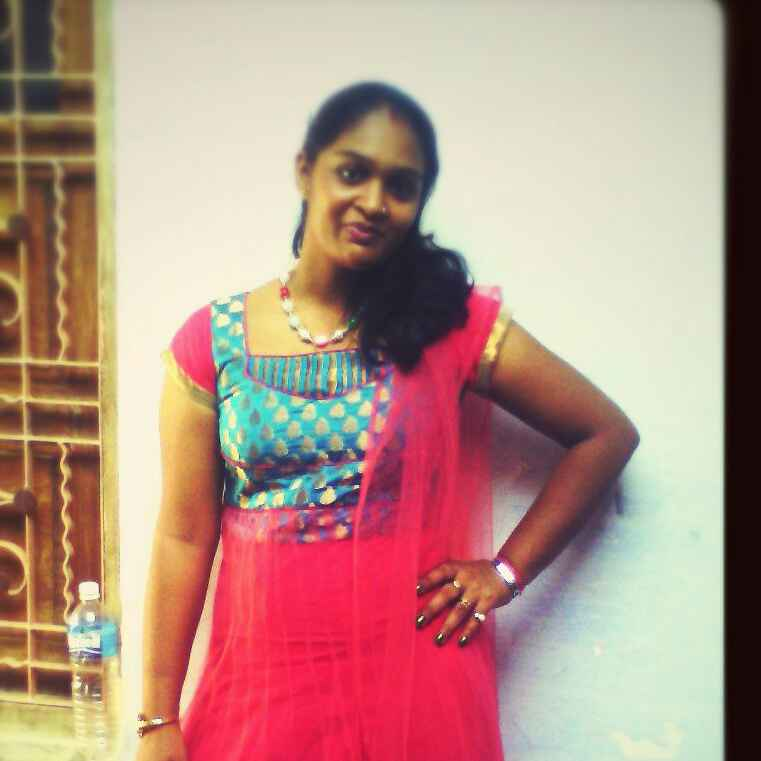 Neha Manot food blogger