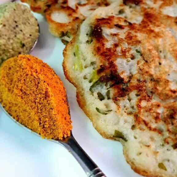How to make Onion Uttapam