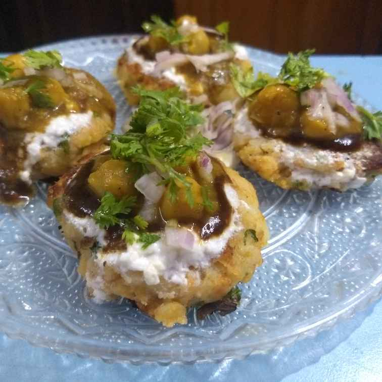 Photo of Chhole aalu tikki chaat by Neha Sharma at BetterButter