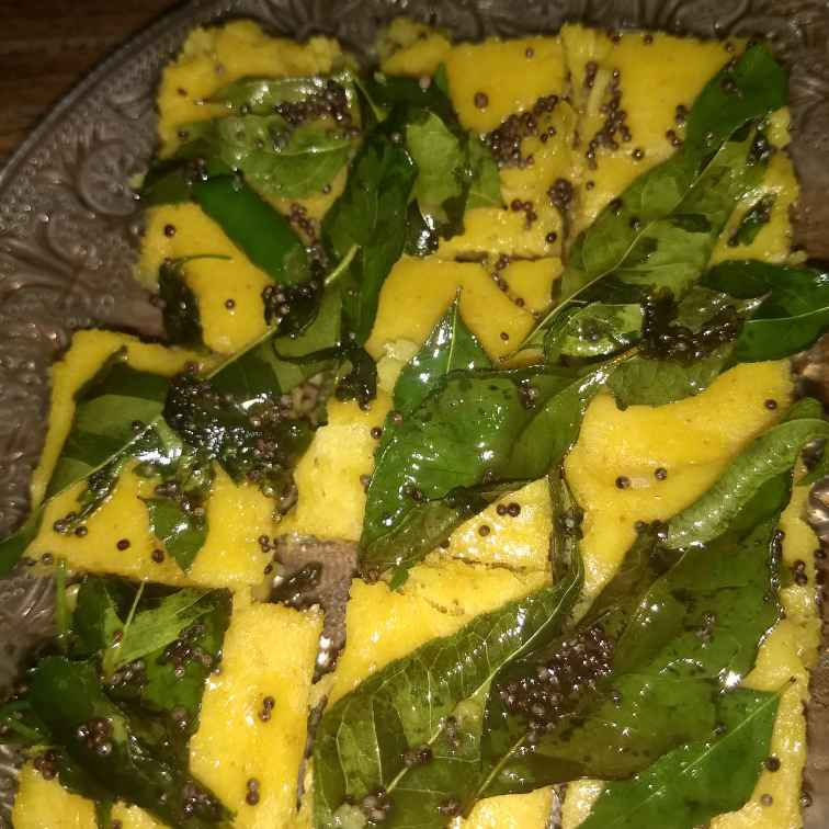 How to make Instant besan dhokla in microwave
