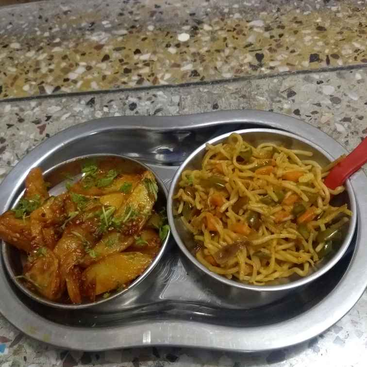 Photo of Hakka noodles with honey chilli potatoes by Neha Sharma at BetterButter