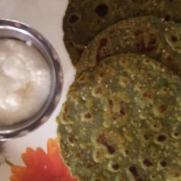 How to make Bajri n wheat green thepla