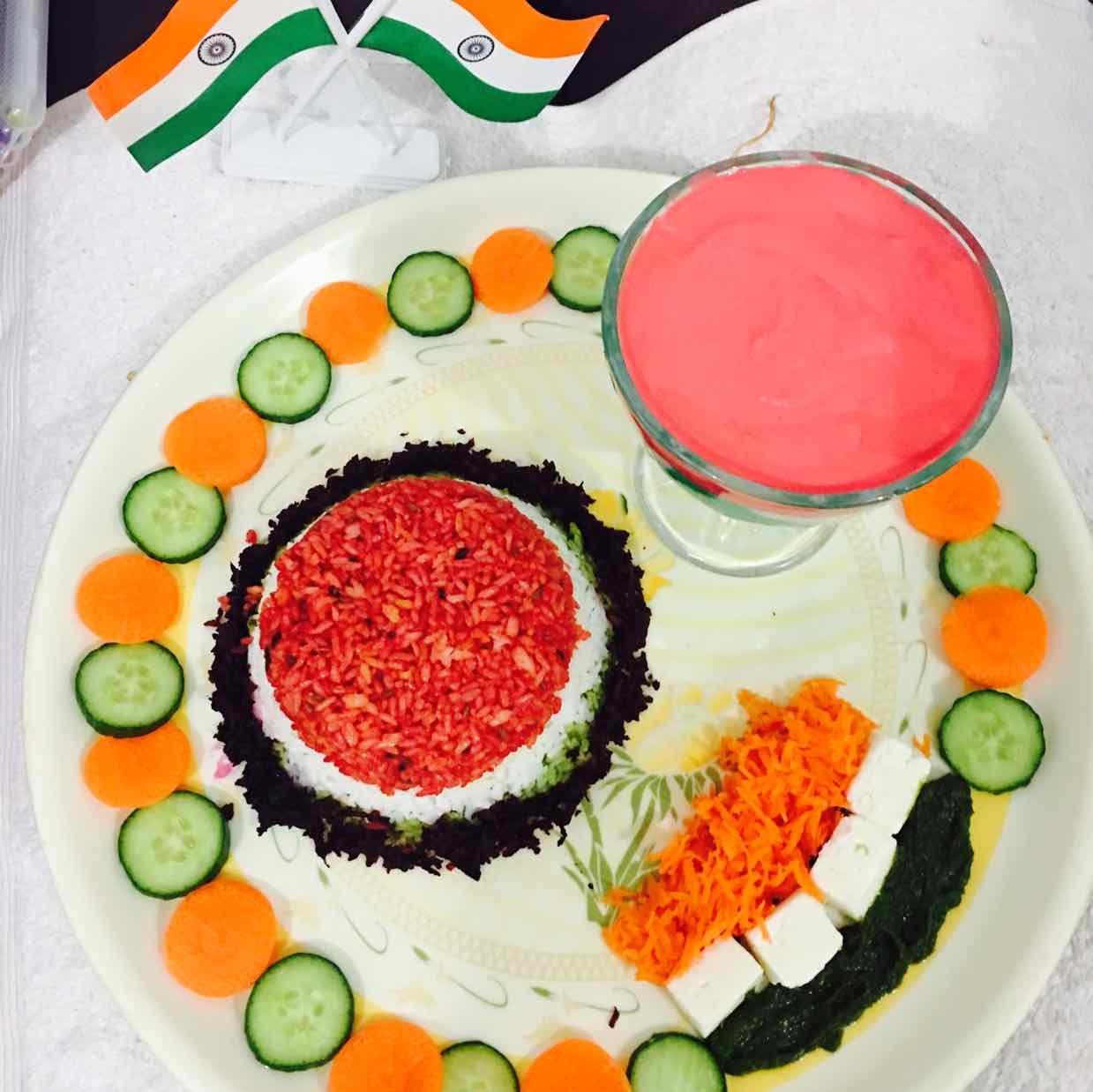 How to make Tiranga jeera garlic rice with salad and colorful yogurt
