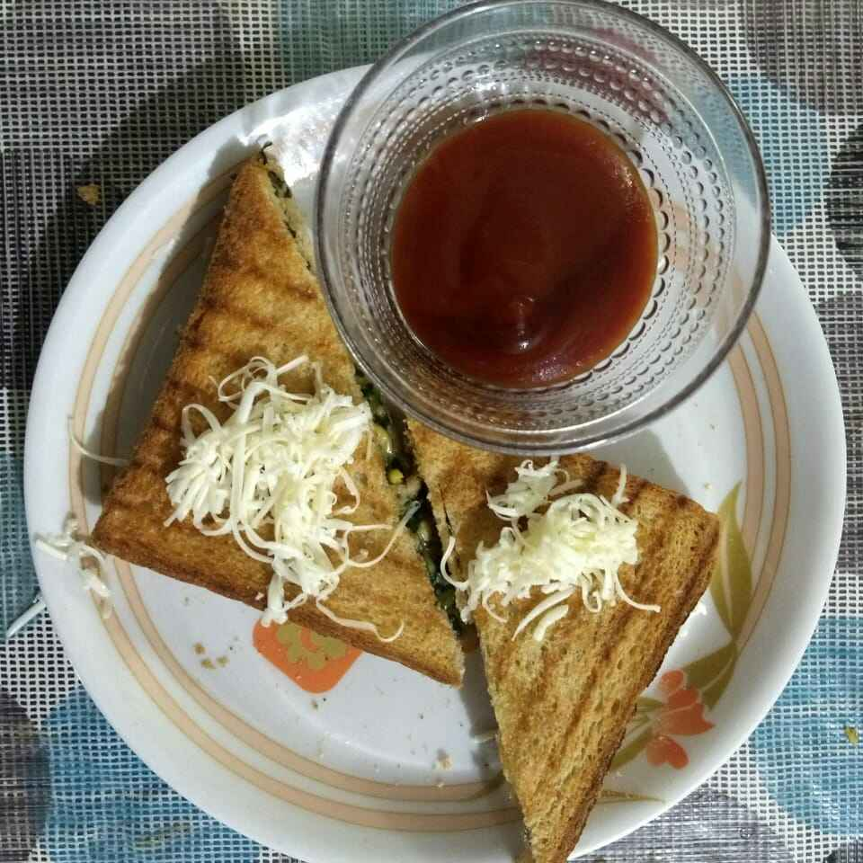 How to make Corn spinach sandwich