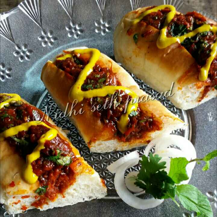 How to make Pumpkin Manchurian hotdog