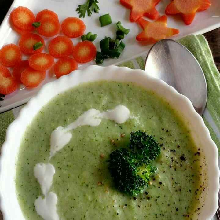 Photo of Creamy broccoli soup by Nidhi Seth at BetterButter