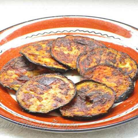How to make Fried Badanekayi / Fried Brinjal