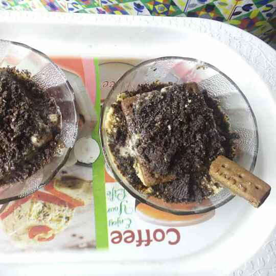 How to make No bake chocolate biscuits pudding