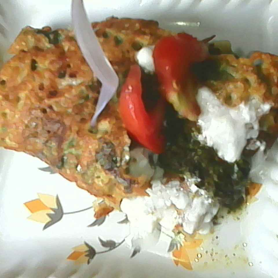 Photo of Spinach cheela by Nikki Shrotriya at BetterButter
