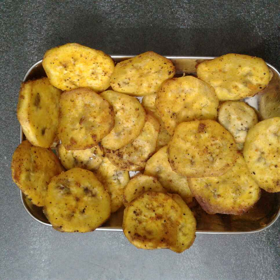 Photo of Banana chips by nilopher meeralavai at BetterButter