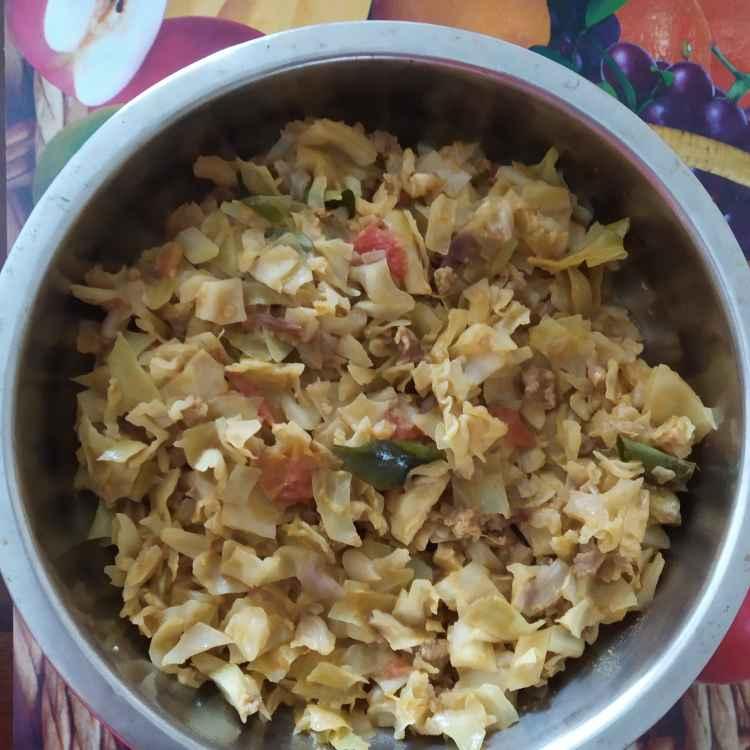 Photo of Kothu kari gose poriyal by nilopher meeralavai at BetterButter