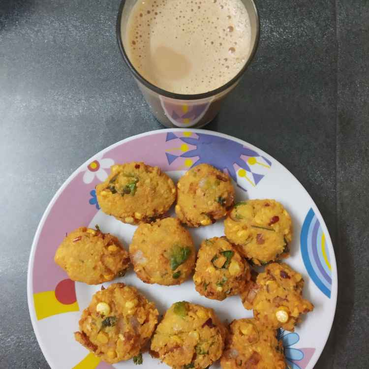 Photo of Masal vadai tea by nilopher meeralavai at BetterButter