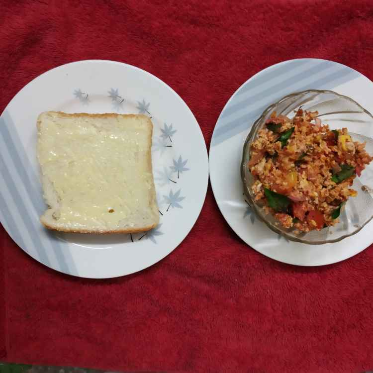 Photo of Butter bread masala eggpodi mass by nilopher meeralavai at BetterButter
