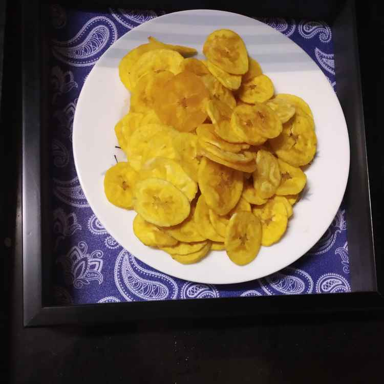 Photo of Valakai   chips by nilopher meeralavai at BetterButter