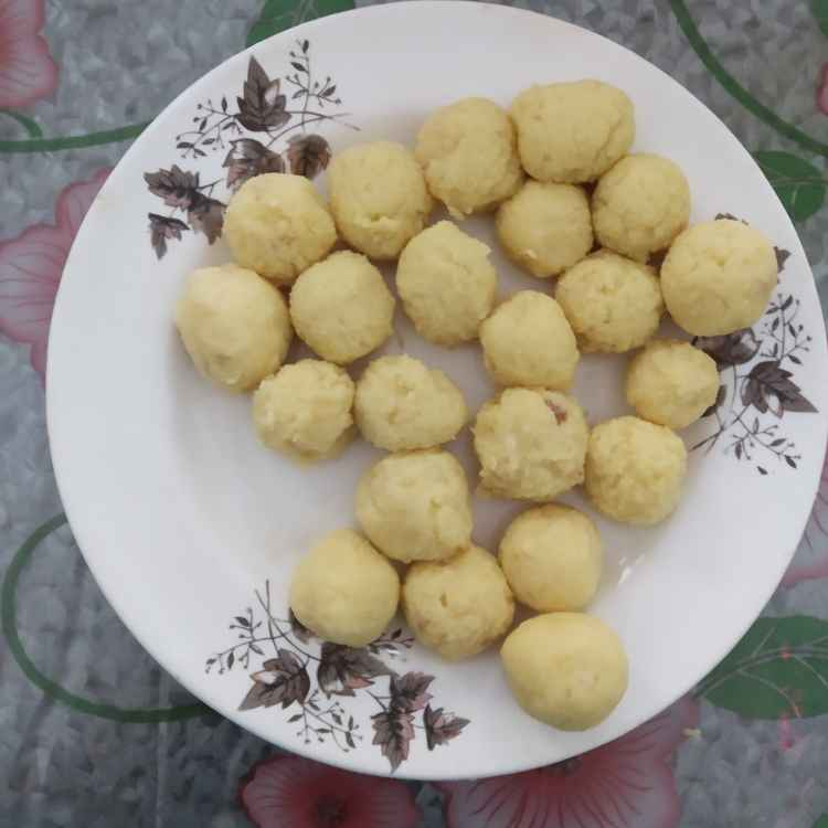 Photo of Pal powder laddu by nilopher meeralavai at BetterButter