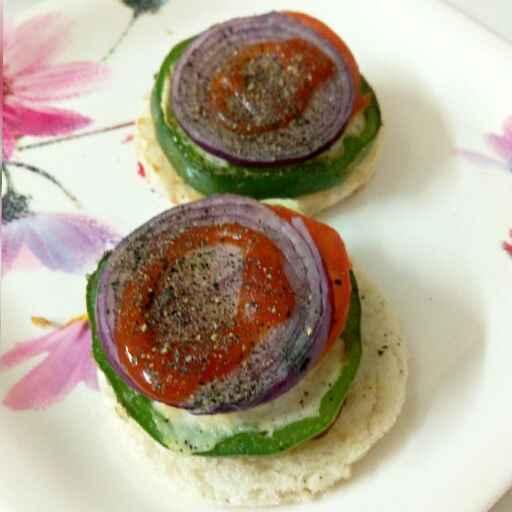 Photo of Open veg sandwich   by Nishi Maheshwari at BetterButter
