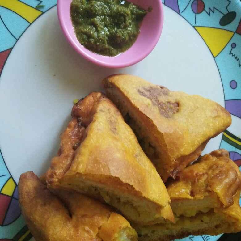 Photo of Poha bread pakoda by Nitu Sharma at BetterButter