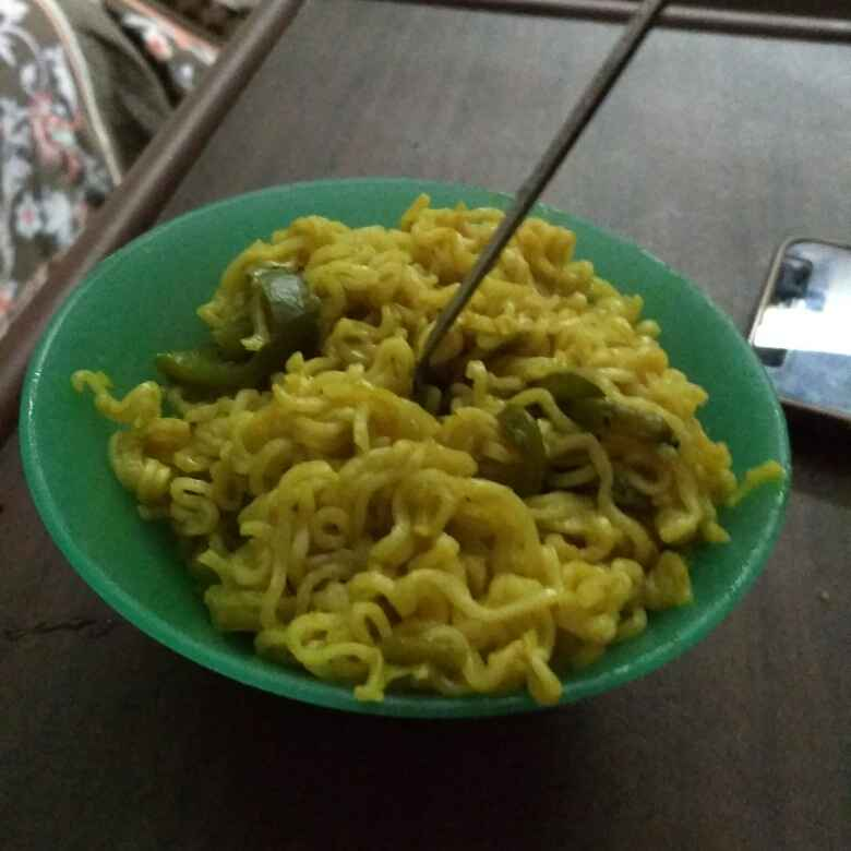 Photo of Smoked capsicum and chilli maggi noodles by Niveditha Nive at BetterButter