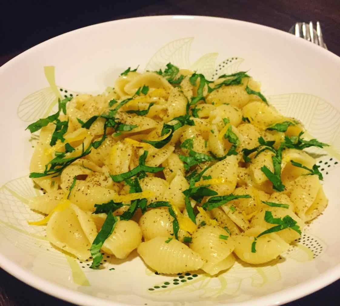 How to make Lemon Garlic Sauce Pasta