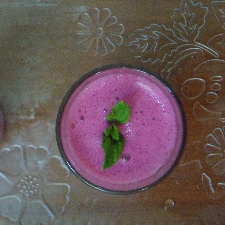 How to make Beetroot cucumber smoothie