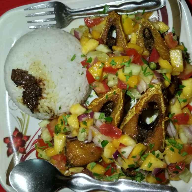 Photo of fried hilsha with mango salsa by Papiya Modak at BetterButter