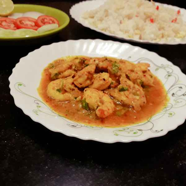 How to make Goan coconut prawn curry