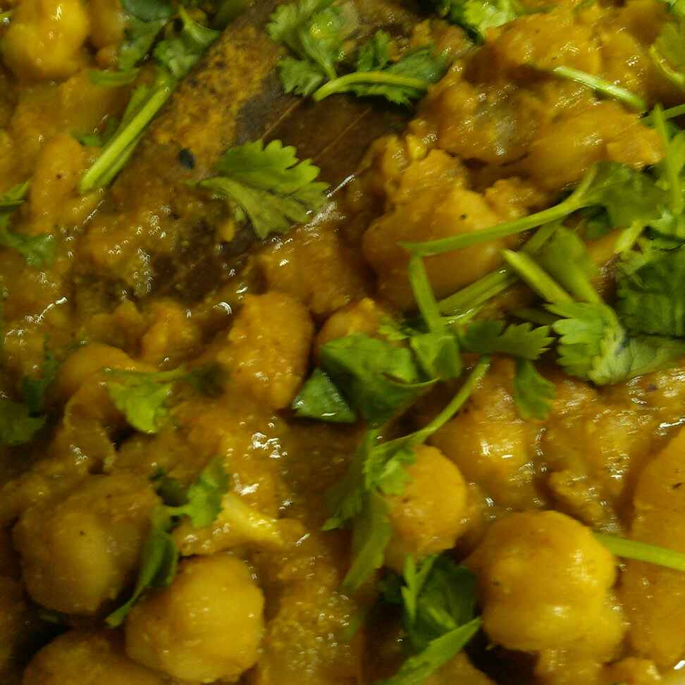 Photo of Chhole in Bengali style by Paramita Majumder at BetterButter