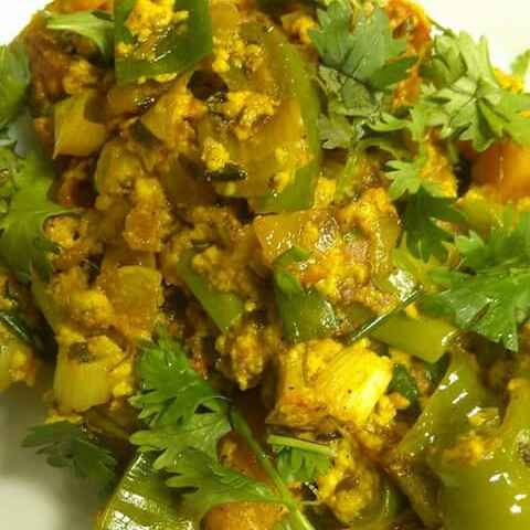 How to make Paneer Bhurji With Veggies