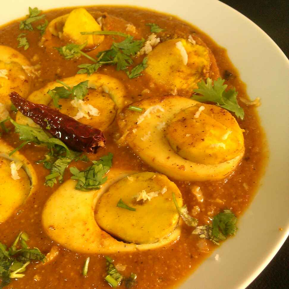 Photo of Kolhapuri Egg Curry , Pictorial Recipe by Paramita Majumder at BetterButter