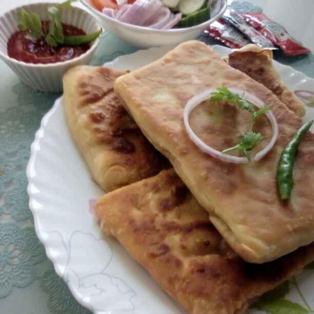 How to make Kolkata street stile moglai parota/ mughlai paratha
