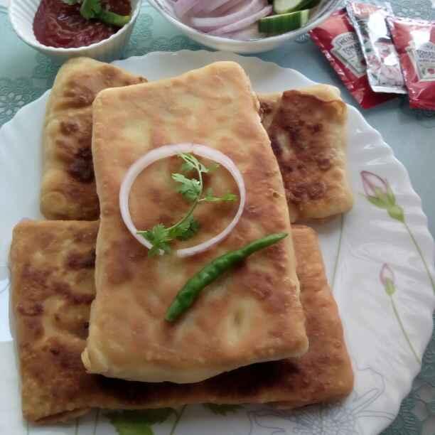 How to make कोलकाता स्ट्रीट स्टाइल मोगलाइ परोटा/ मुघलाइ पराठा