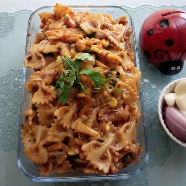 Photo of Hot schezwan pasta by Paramita Majumder at BetterButter