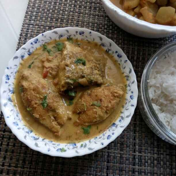 How to make Mughlai fish curry