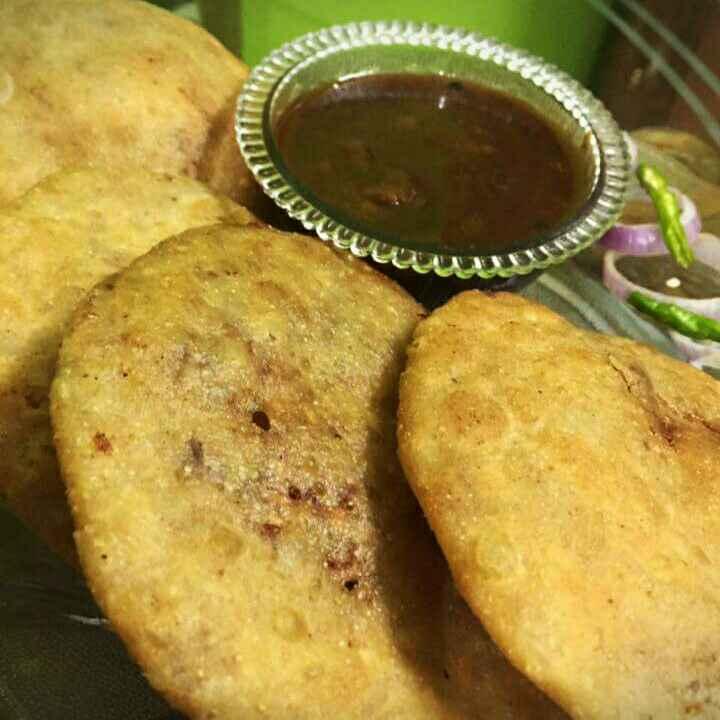 How to make Rajasthani Pyaaj Ki Kachori