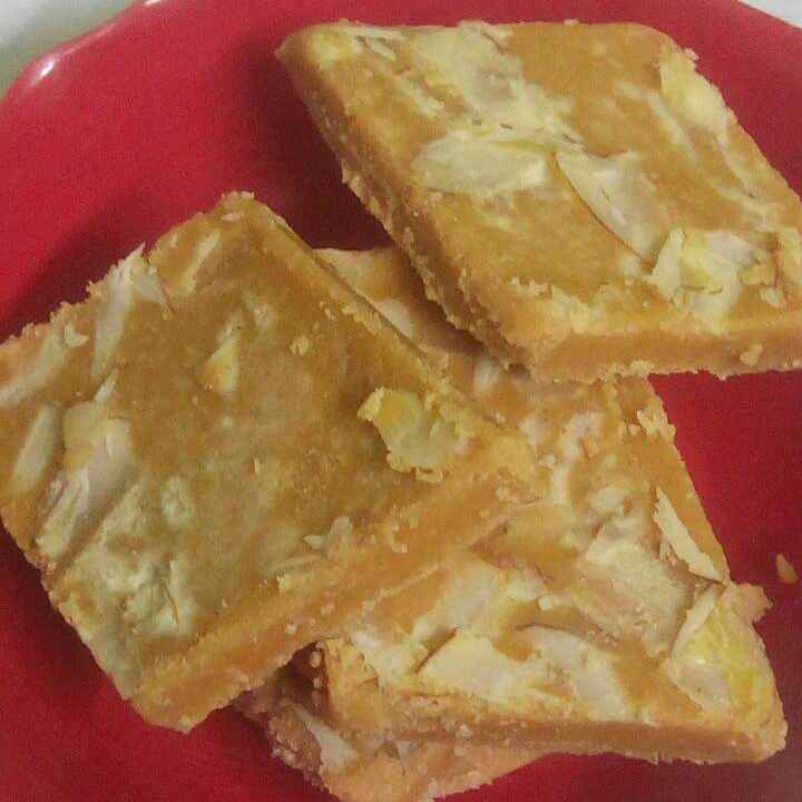 Photo of Besan ki instant 10 minutes barfi by Parul Bansal at BetterButter