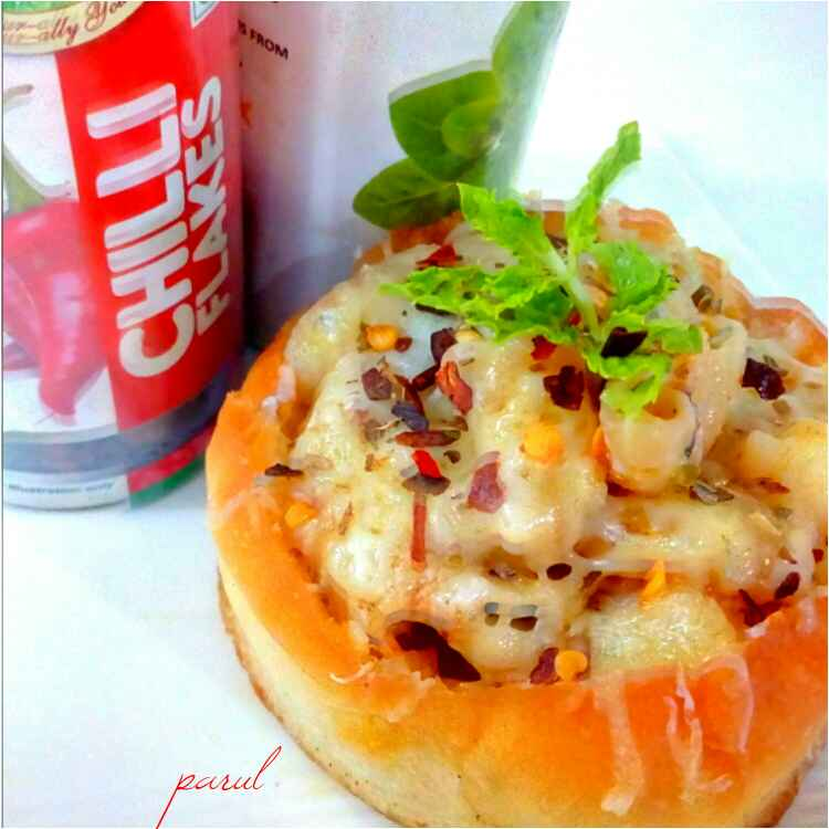 Photo of MAC and cheese stuffed bun by Parul Jain at BetterButter