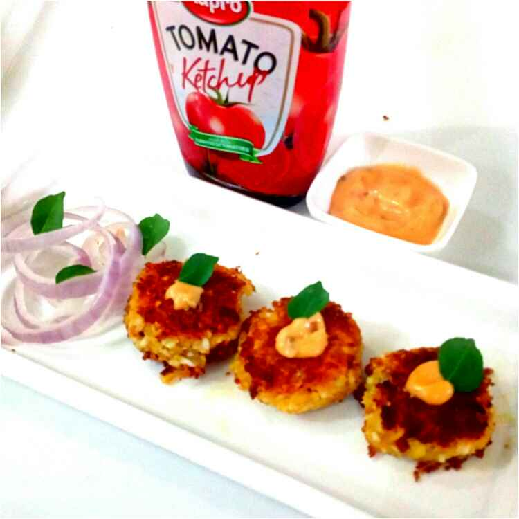 Photo of Paneer poha patty with tangy Mayo Dip by Parul Jain at BetterButter