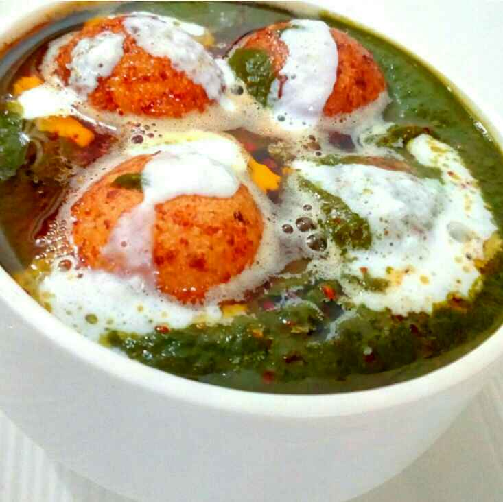 Photo of Cheesy kofte In Palak Gravy by Parul Jain at BetterButter